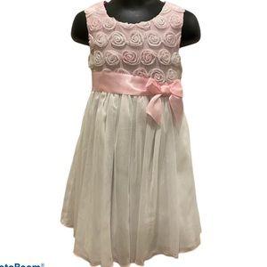 ⭐️3/$30!!! 3T white and pink Ashley Ann dress